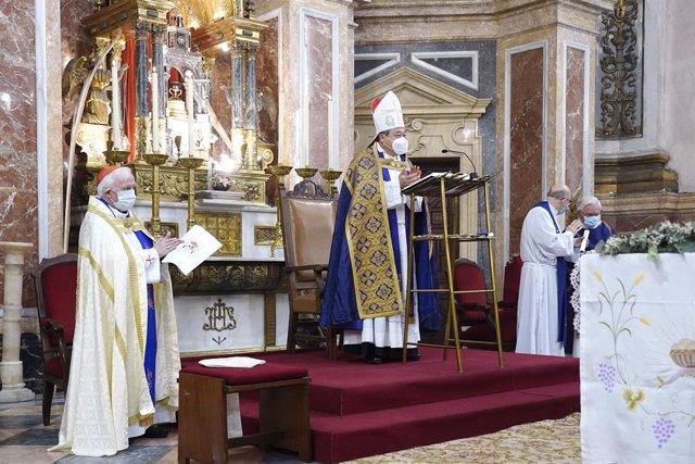 El nuncio del Papa en España entrega en València la bula que declara como basílica menor la iglesia del Sagrado Corazón de Jesús