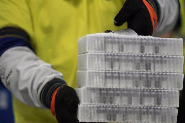 Viales con la vacuna contra el coronavirus de Pfizer