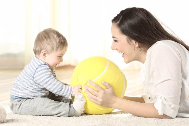 Juegos y juguetes por edades: de 0 a 12 meses