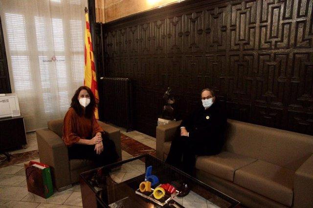 L'alcaldessa de Girona, Marta Madrenas, amb l'expresident de la Generalitat Quim Torra.