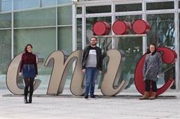 De izda a dcha. Irene Fernández-Nueda, Carlos Cerón y Marta Cortés-Canteli
