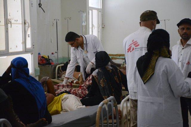 Un equipo médico de MSF en Yemen