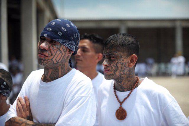 Pandilleros de El Salvador.