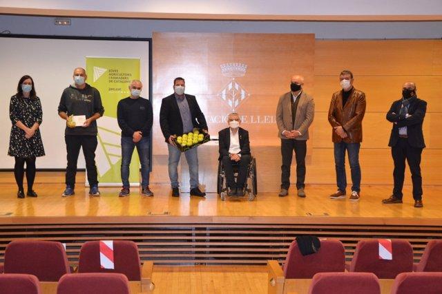 La empresa leridana Miralcamp Fruits gana el premio a la mejor manzana golden 2020.