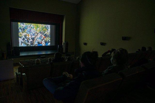 Proyección del Festival de Cine Africano en el teatro de Tarifa