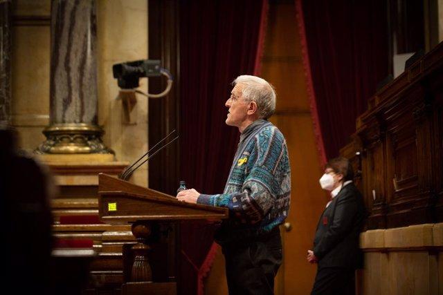 El diputat de JxCat, Josep Puig intervé durant una sesió plenària al Parlament de Catalunya. Barcelona, Catalunya, 15 de diciembre del 2020.