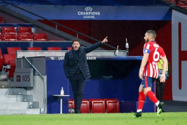 Diego Pablo Simeone, head coach of Atletico de Madrid, gestures during the UEFA Champions League football match played between Atletico de Madrid and Lokomotiv Moskva at Wanda Metropolitano stadium on november 25, 2020, in Madrid, Spain