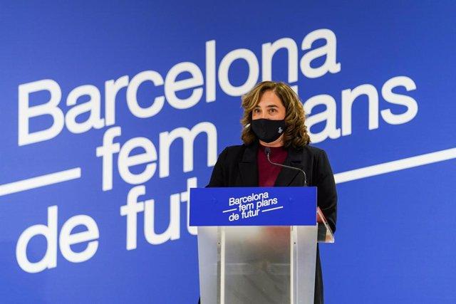 L'alcaldessa de Barcelona, Ada Colau, presenta un pla municipal per captar Fons de Recuperació i Resiliència de la Unió Europea (UE), amb l'objectiu d'afrontar la crisi de la Covid-19.