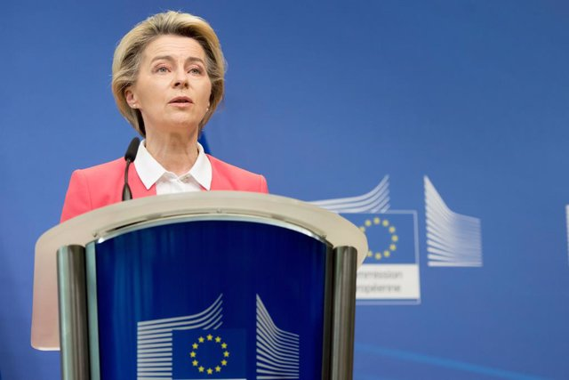 HANDOUT - 13 December 2020, Belgium, Brussels: EU Commission President Ursula von der Leyen delivers a statement at the EU headquarters. Britain and the European Union are to push on past a self-imposed deadline with negotiations for a post-Brexit deal on