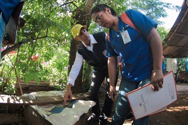 Trabajos contra el dengue en Paraguay
