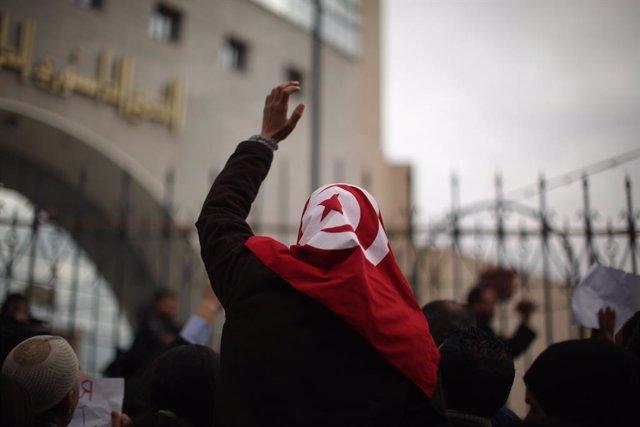 Manifestaciones antigubernamentales en Túnez tras la huida del país el 14 de enero de 2011 del hasta entonces presidente, Zine el Abidine ben Alí, en el marco de la 'Primavera Árabe'