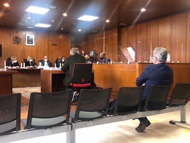 Vista del recurso interpuesto por el expresidente del Racing Ángel Lavín contra la sentencia que le condena por administración desleal
