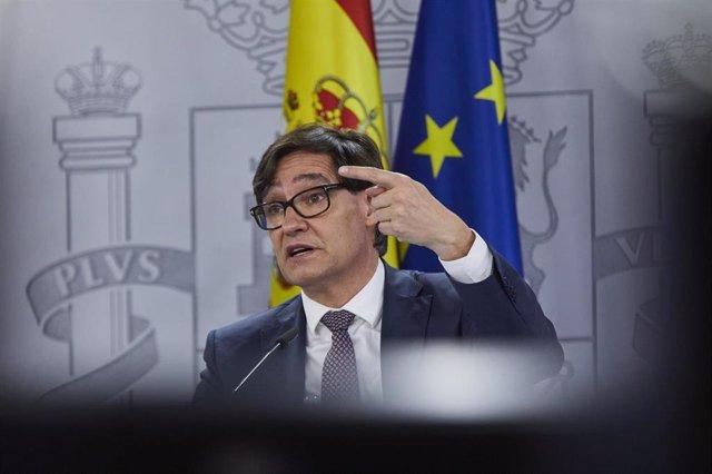 El ministro de Sanidad, Salvador Illa, ofrece una rueda de prensa tras el Consejo Interterritorial del Sistema Nacional de Salud, en Madrid (España), a 16 de diciembre de 2020.