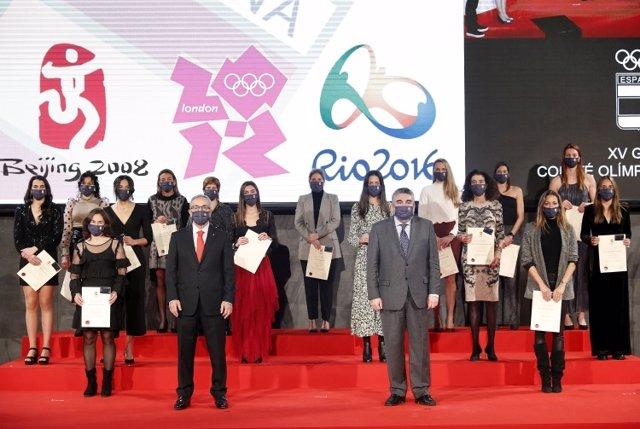 El COE homenajea a las medallista olímpicas en su XV Gala