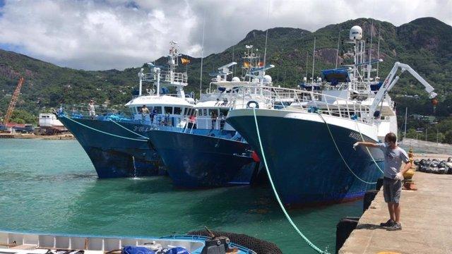 Atunero español en Seychelles