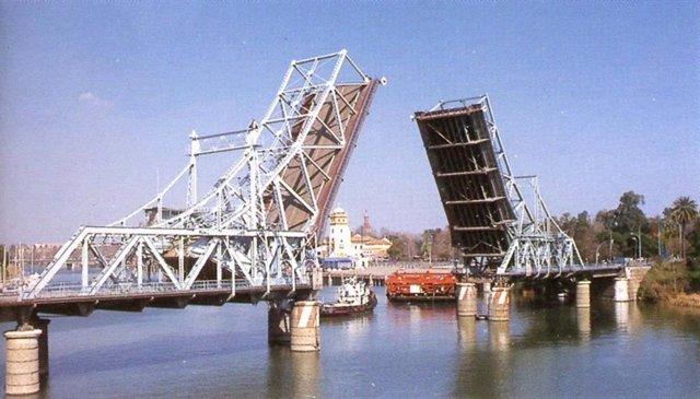 El antiguo puente de Alfonso XIII en su ubicación original