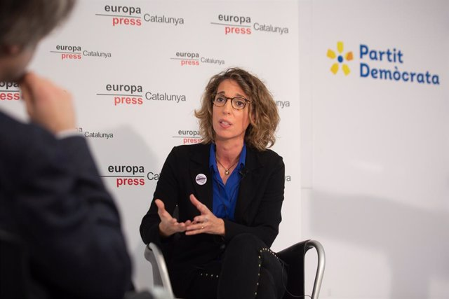 L'exconsellera i candidata del PDeCAT a les eleccions catalanes, Àngels Chacón intervé en una trobada Digital d'Europa Press. Barcelona (Espanya), 17 de desembre del 2020.