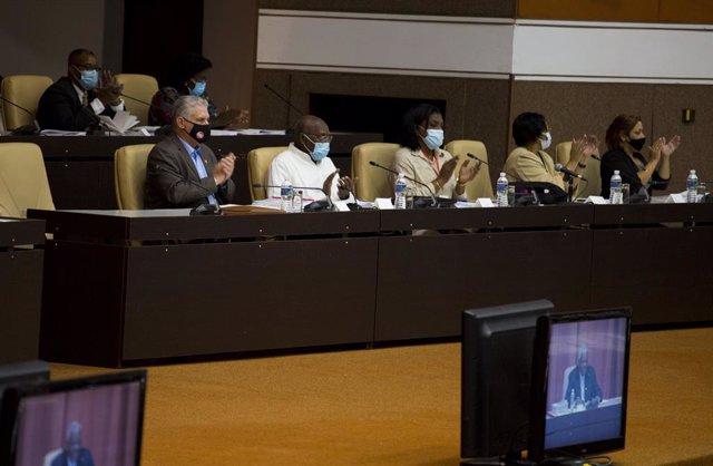 Sesion del Parlamento en Cuba