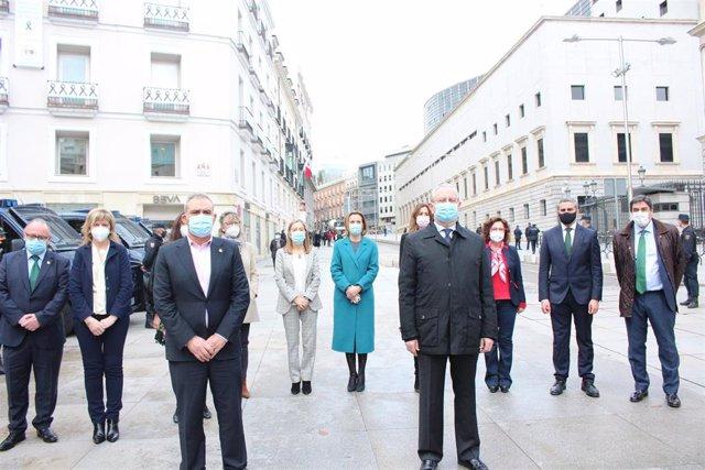 Homenaje minuto silencio en la OMC