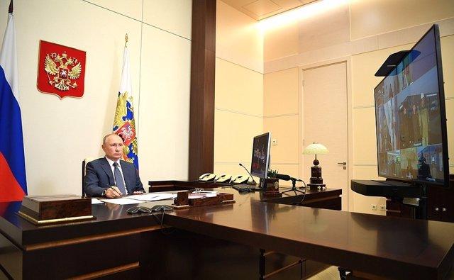 Putin en su despacho presidencial