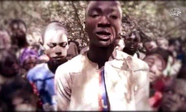 Uno de los niños secuestrados por Boko Haram en el noroeste de Nigeria habla en un vídeo del grupo terrorista