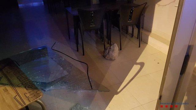 Un jove ingressa a la presó per robar en un restaurant de Vilanova i la Geltrú (Barcelona).