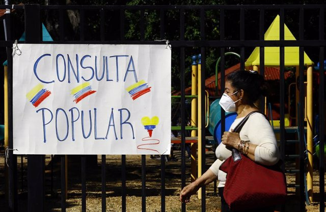 Consulta popular organizada por la oposición en Venezuela