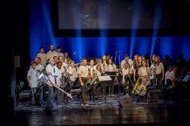 La orquesta 'La Música del Reciclaje' actuará en solitario el próximo sábado en el Teatro Auditorio de San Lorenzo de El Escorial.