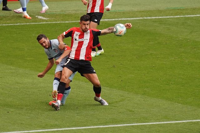 "Yuri Berchiche of Athletic Club and Jorge Resurreccion ""Koke"" of Atletico de Madrid in action during the Spanish League, La Liga, football match played between ATH. BILBAO and ATLETICO MADRID at SAN MAMES Stadium on JUNE 14, 2020 in BILBAO, Spain."