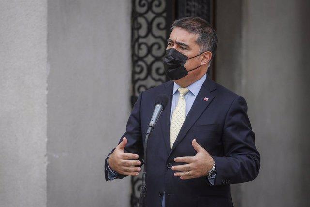 Mario Desbordes tras renunciar como ministro de Defensa de Chile