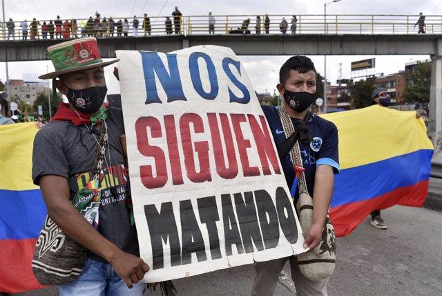 Protesta de los pueblos indígenas de Colombia en Bogotá el pasado 19 de octubre para protestar contra la situación de inseguridad y los asesinatos de líderes sociales.