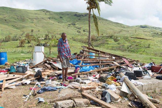 Imagen de archivo de desperfectos provocados por el paso de un ciclón en Fiyi.