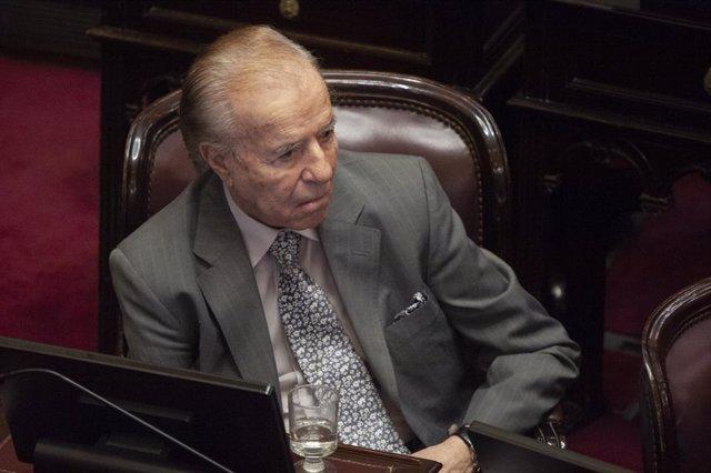 Imagen de archivo del expresidente y senador de Argentina, Carlos Menem.