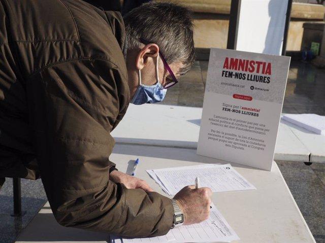 Acte d'Òmnium Cultural per l'amnistia dels líders independentistes presos per l'1-O