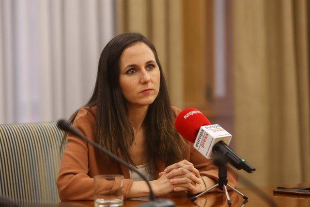La secretaria de Estado para la Agenda 2030 y dirigente de Unidas Podemos, Ione Belarra, en una entrevista con Europa Press en la sede del Ministerio de Derechos Sociales, en Madrid (España), a 16 de diciembre de 2020.