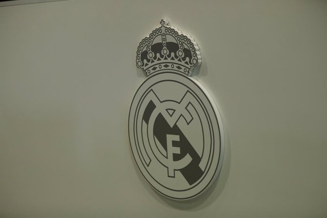 Foto del escudo del Real Madrid.