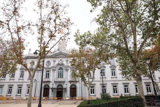 Façana de l'edifici del Tribunal Suprem (Arxiu)