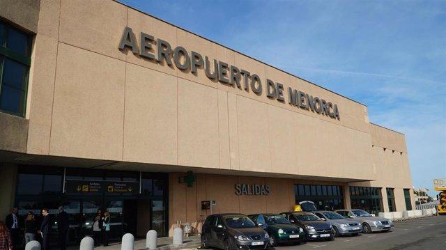 Aeropuerto de Menorca (Mahón).
