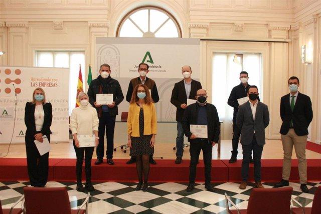 Acto de reconocimiento a los institutos que han colaborado en el campeonato AndaluciaSkills