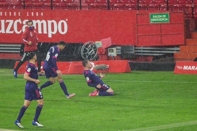 Celebrate score of Raul Carnero of Valladolid during LaLiga, football match played between Sevilla Futbol Club and Real Valladolid at Ramon Sanchez Pizjuan Stadium on December 19, 2020 in Sevilla, Spain.
