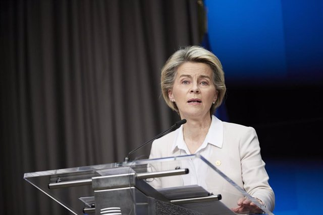 HANDOUT - 11 December 2020, Belgium, Brussels: President of the European Commission Ursula von der Leyen speaks at a press conference with German Chancellor Angela Merkel and EU Council President Charles Michel at the end of a two days face-to-face Europe