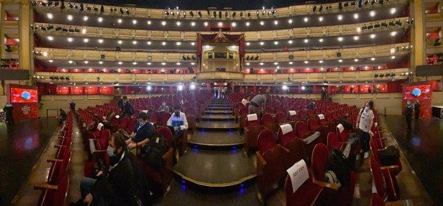 Teatro Real abans de la celebració del Sorteig Extraordinari de la Rifa de Nadal 2020. Madrid (Espanya), 22 de desembre del 2020.