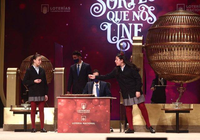Sorteig Extraordinari de la Rifa de Nadal 2020, al Teatro Real. Madrid (Espanya), 22 de desembre del 2020.