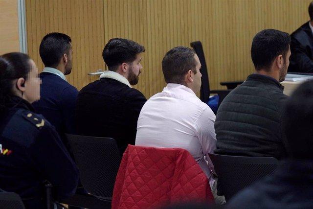 Vista de los cuatro miembros de La Manada, Alfonso Jesús Cabezuelo, José Ángel Prenda, Antonio Manuel Guerrero y Jesús Escudero durante el juicio por los hechos acaecidos en Pozoblanco,foto de archivo
