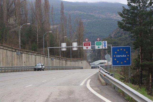 El pas fronterer entre Espanya i Andorra.