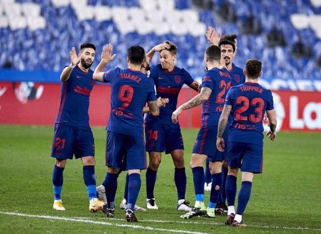 El Atlético de Madrid celebra el 0-2 ante la Real Sociedad