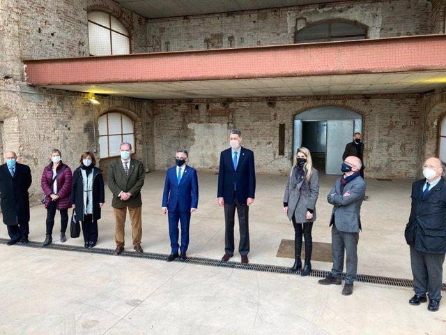 L'alcalde de Sant Adrià de Besòs (Barcelona), Joan Callau; el conseller d'Empresa i Coneixement de la Generalitat, Ramon Tremosa, i l'alcalde de Barcelona (Badalona), Xavier García Albiol, aquest dimecres