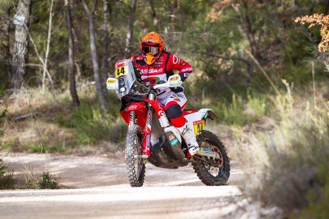 La piloto de rally Laia Sanz (GasGas) en su preparación para el Rally Dakar 2021