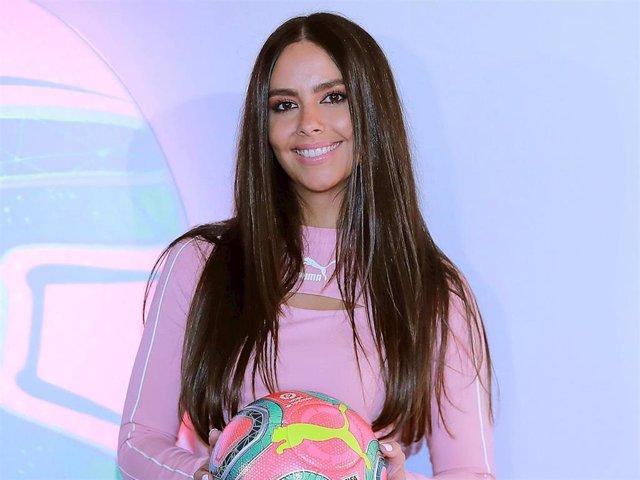 Cristina Pedroche durante la presentación del nuevo balón de Puma