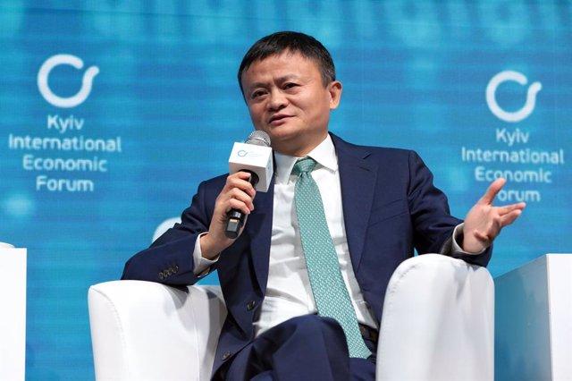 08 November 2019, Ukraine, Kyiv: Chinese business magnate and co-founder of Alibaba Group, Jack Ma, speaks at the Kyiv International Economic Forum. Photo: -/Ukrinform/dpa